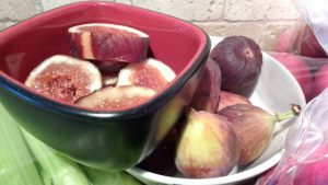 bowl of fresh figs