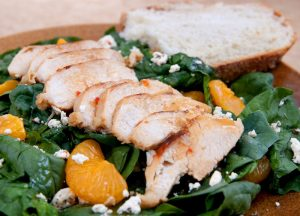 healthy salad recipe - spinach with chicken and mandarin oranges