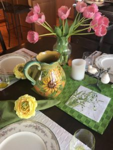 beautifully set table with flowers #ThingsNutritionistsLike