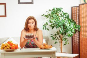 Dietitian Tips on How to Stop Overeating Carbs and Sweets