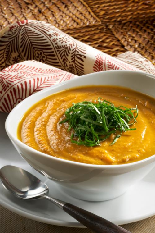 Butternut squash soup - vegetarian fall recipe